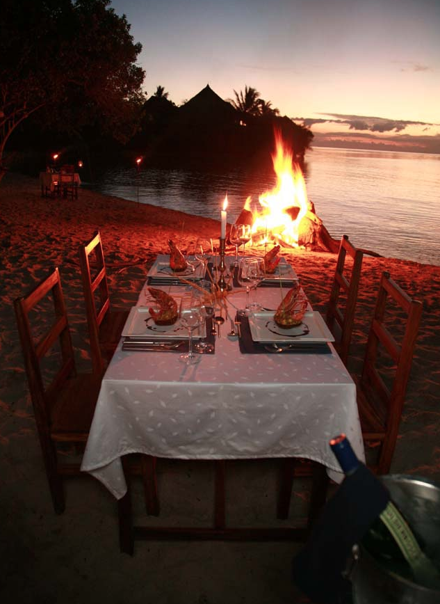 Romantische Candle Light Dinner am Strand - Tansania -
