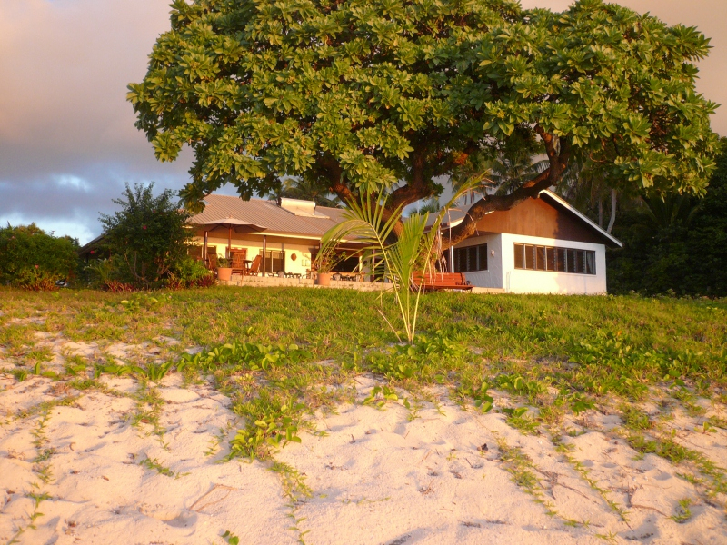 Südsee Strandhotel Tonga deutsche Ltg. Insel Foa   travel-friends.com