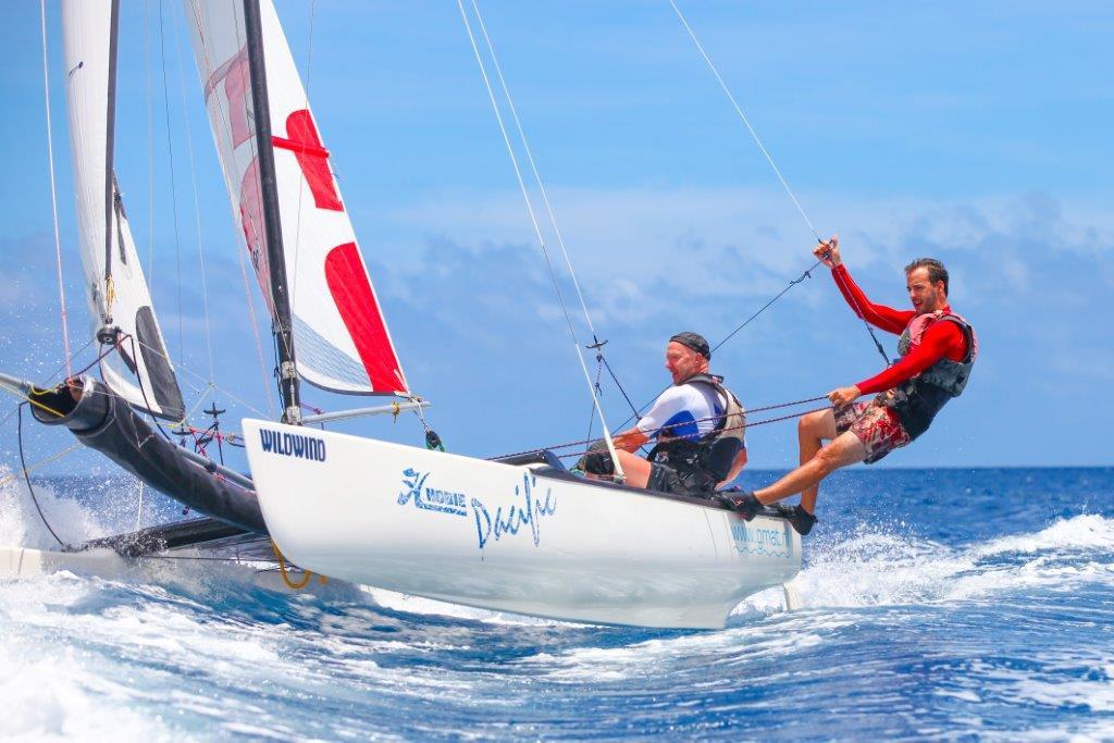Katamaran segeln  Segeln vor Mauritius HobieCat + Jollen deutsche Segelschule ...