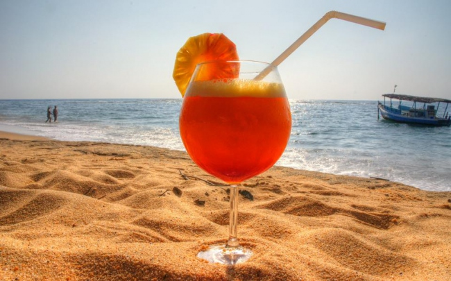 Cocktail am Traumstrand gefällig? - Sri Lanka -