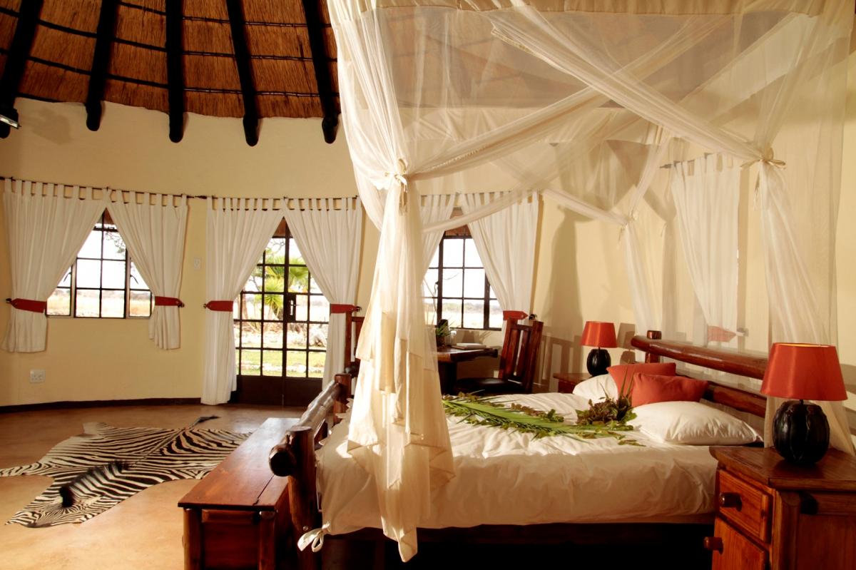 Traumhafte Safarilodge in Namibia | travel-friends.com :: Urlaub bei ...