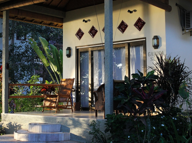 Bungalow am Pool - Indonesien -