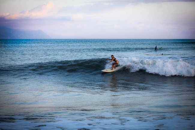 Surfing - Costa Rica -